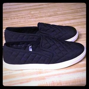 Mossimo Slip On Shoes